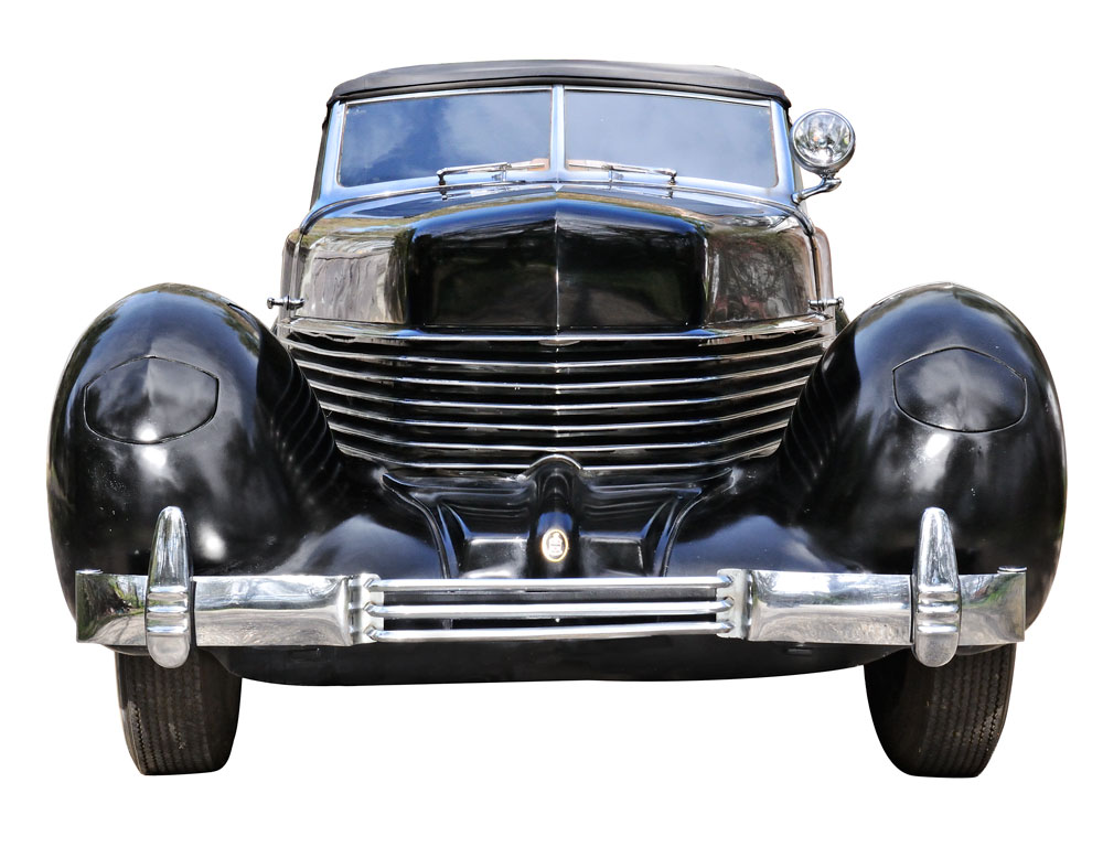 1937 Cord Phaeton 812 (Lot 11, Estimate $130,000-$140,000)