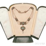 Gaskin gold gem-set necklace (Lot 419, Estimate: $30,000-50,000)