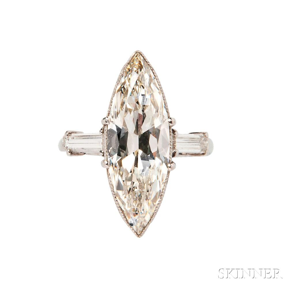 B wedding ring Platinum and Diamond Solitaire Lot Estimate 20 30